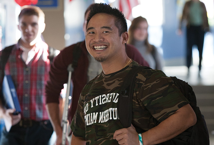 A student veteran in the Woodbury Campus Center